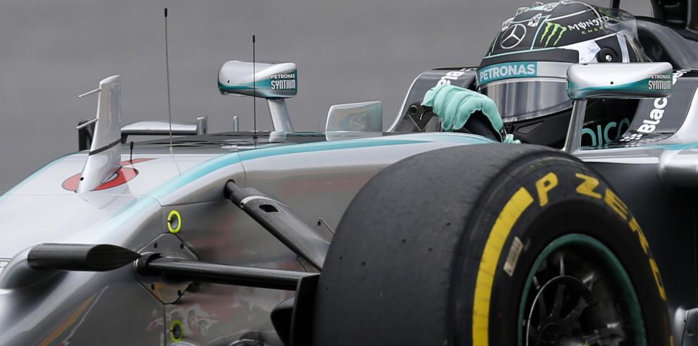 Mercedes reconoce
