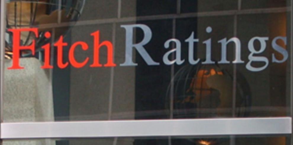 Fitch rebaja calificación de riesgo de Guatemala