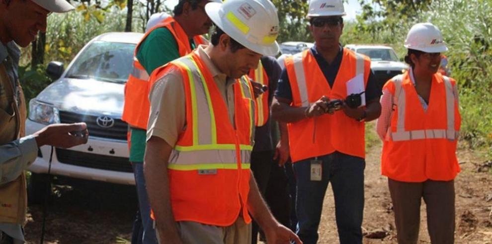ANAM inspecciona planta de fabricación de cemento