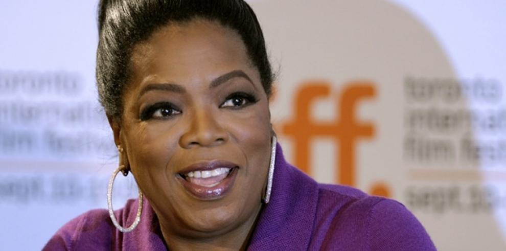 Oprah publica un libro con sus columnas