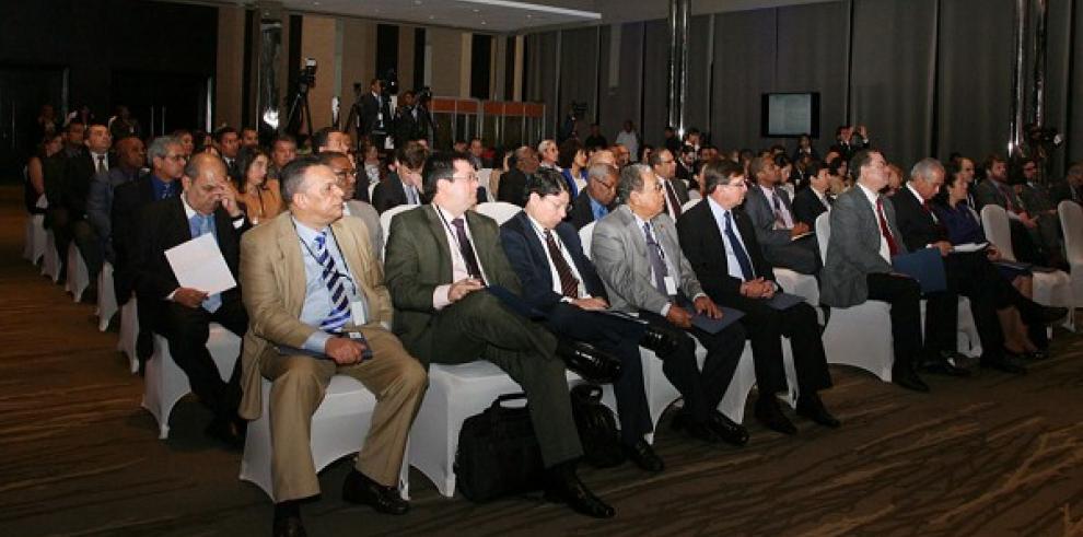 Inauguran seminario de la OEA
