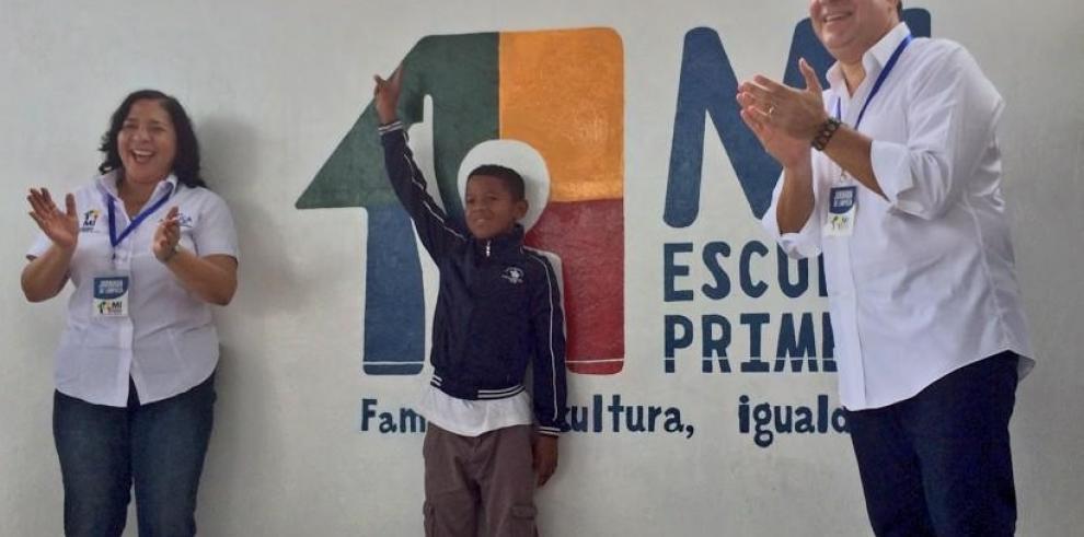 Varela se compromete en mejorar la educación con