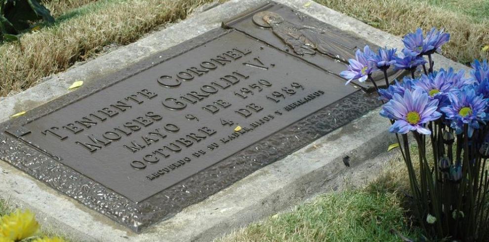 Conmemoran la muerte de once militares