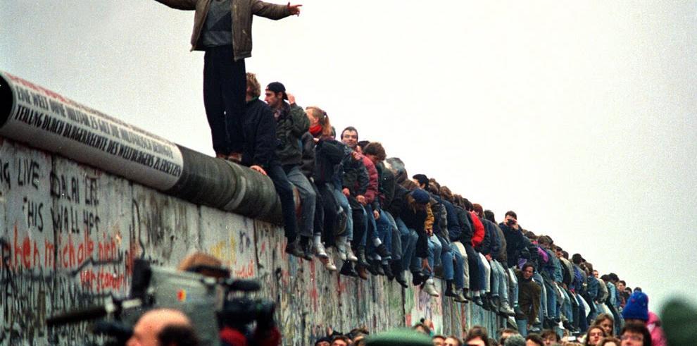'Wir sind ein Volk': 24 años de la reunificación alemana