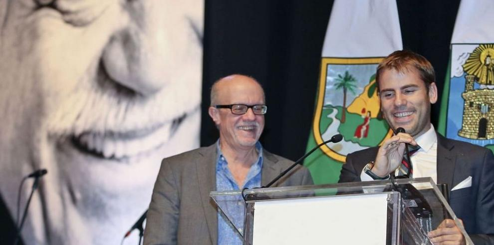 Eduardo Suárez gana en la FNPI