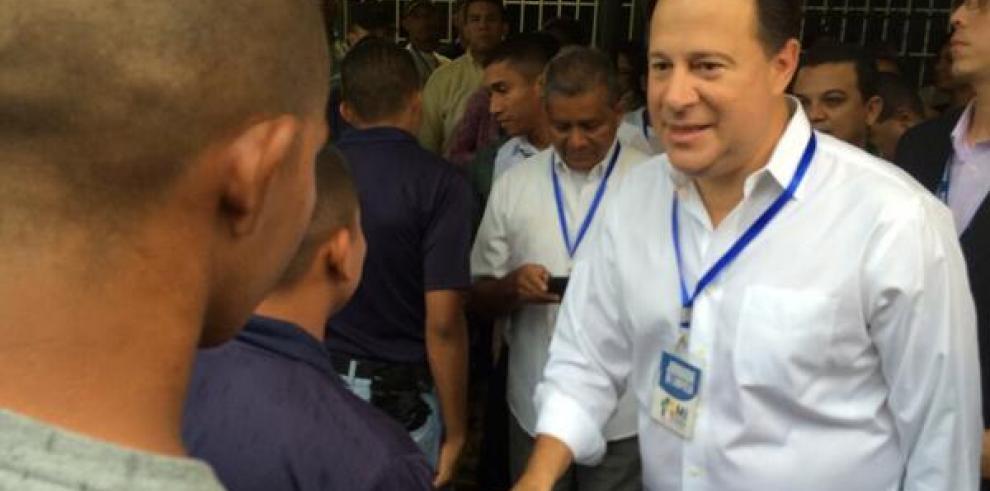 Varela promete calidad en la educación en todas las escuelas del país