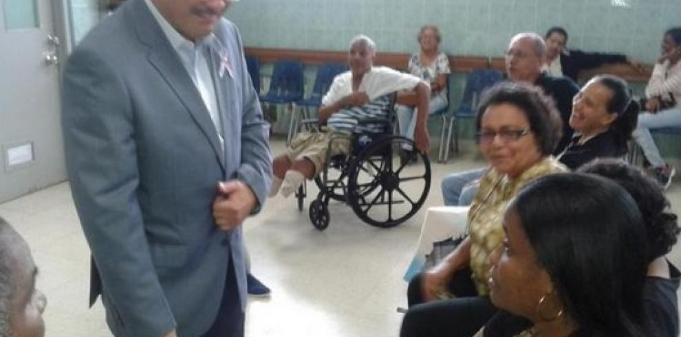 Girón realiza recorrido en Complejo Hospitalario Dr. Arnulfo Arias Madrid