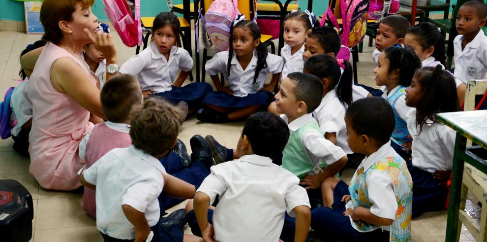 El inglés sigue siendo el talón de Aquiles de Panamá, según estudio