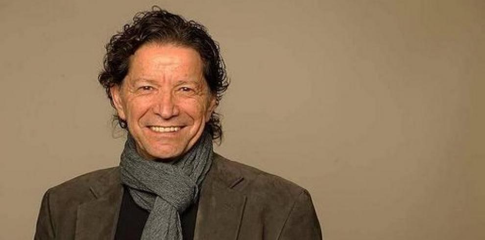 Escritor mexicano Jorge Zepeda gana