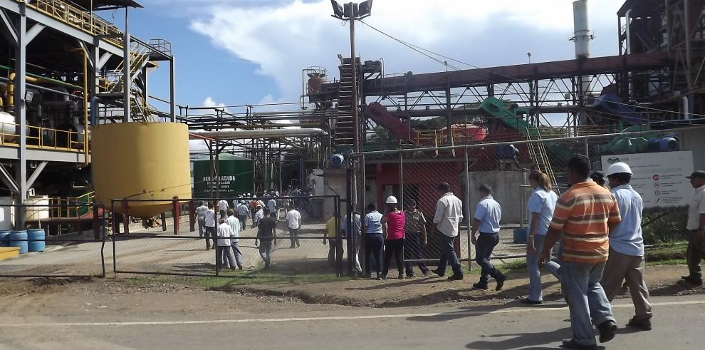 Trabajadores en Campos de Pesé, piden a Varela que busque una solución