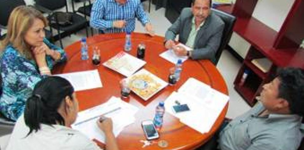 Designan a Omar Castillo como jefe de bancada de CD ante el Parlacen
