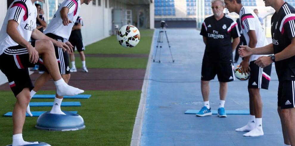 James y Benzema se incorporan al Madrid