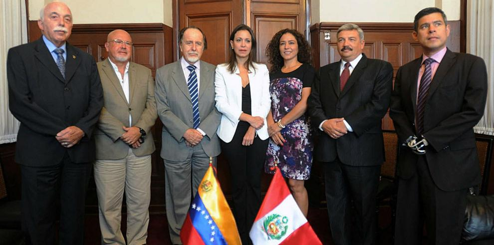 Diputada Machado denuncia abuso de poder por parte de gobierno chavista