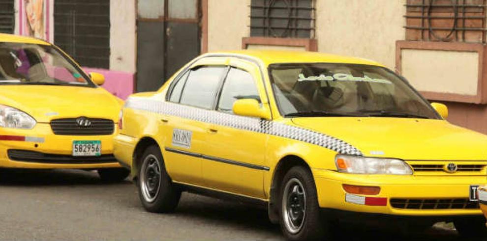 Taxista: el oficio que se aprende en la carrera