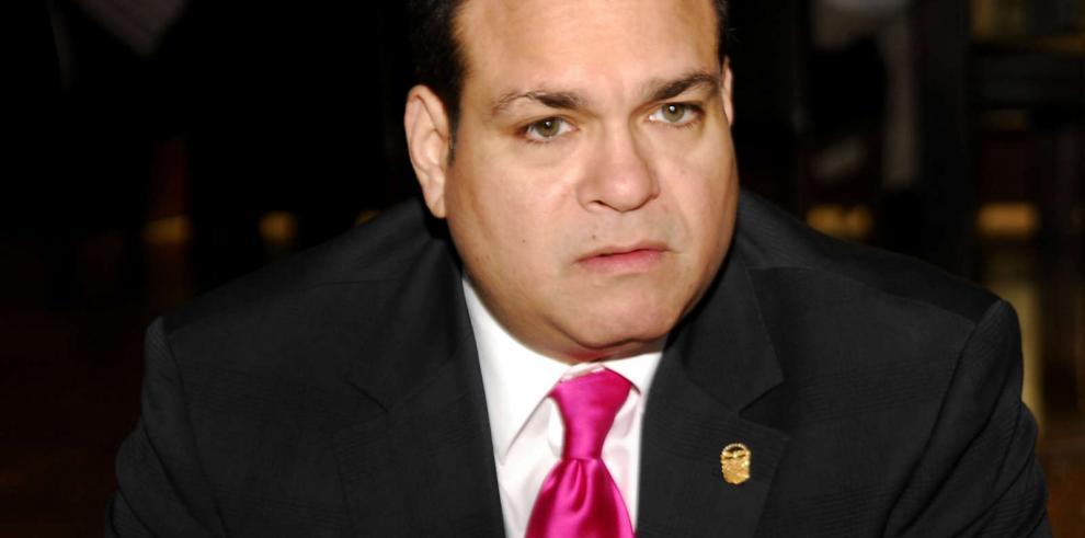 Diputado Arosemena rechaza ataques de CD contra PRD