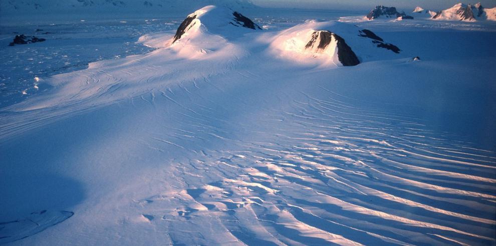 Debaten el futuro de la Antártida