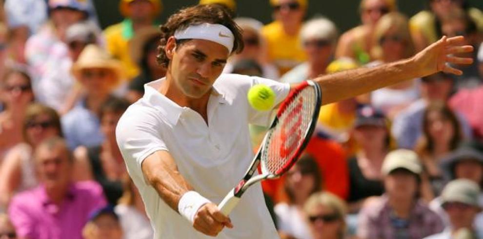 Federer entrena para final de la Copa Davis