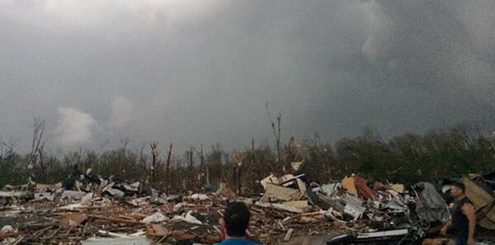 Tornado en Oklahoma causa la muerte de dos personas