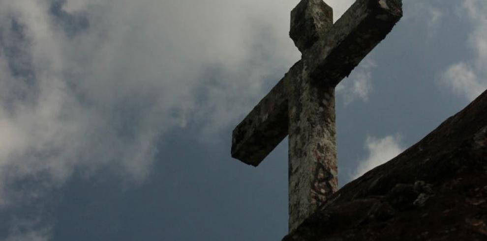 La cruz señala el camino