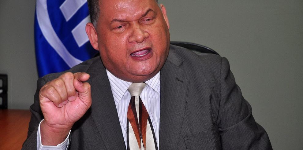 PRD designa a Robinson, Ávila y González para acordar agenda