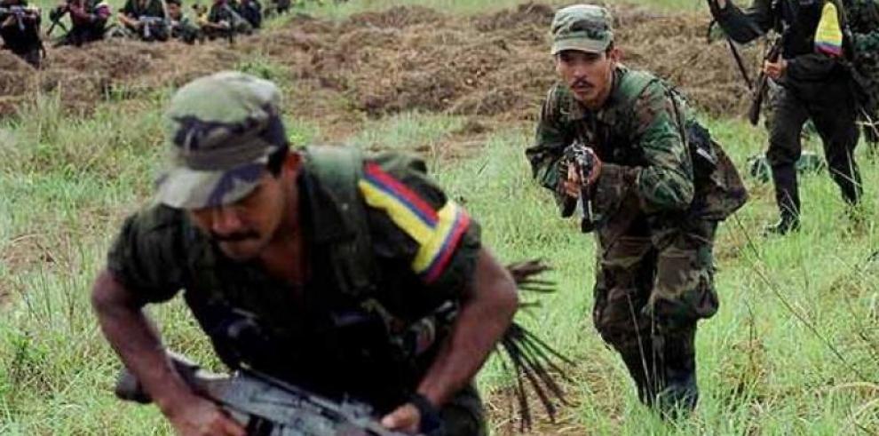 5 soldados muertos y 7 heridos en combates en Colombia
