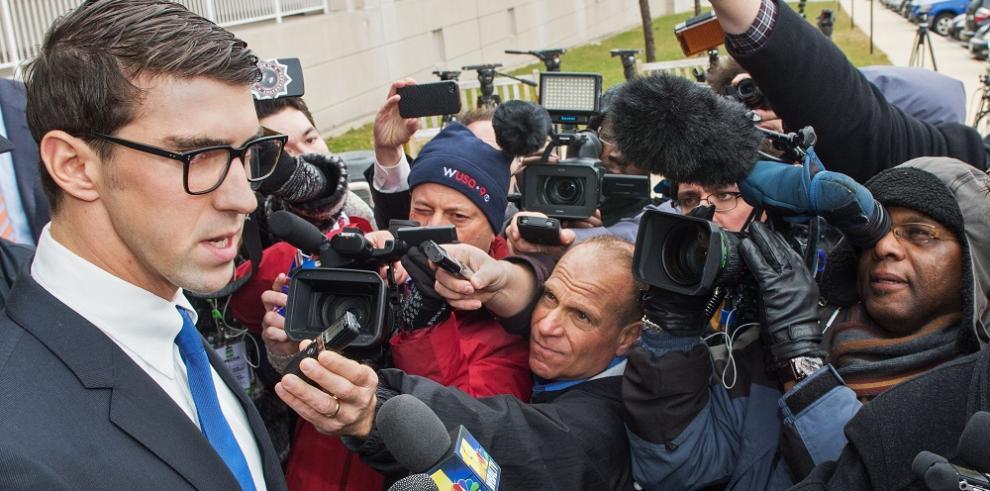 Michael Phelps se declara culpable por conducir ebrio