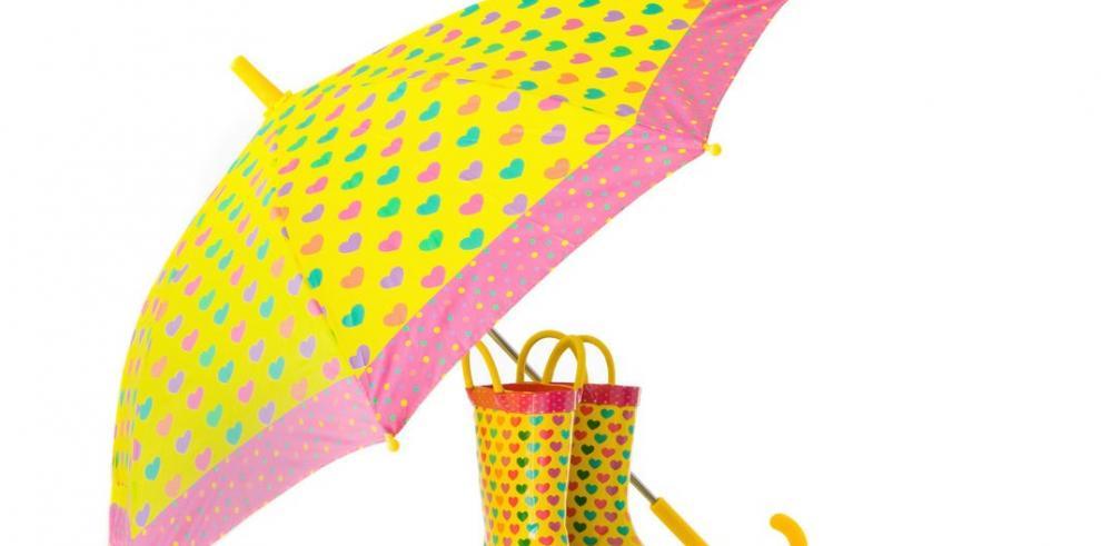 Bajo la lluvia con estilo y a la moda