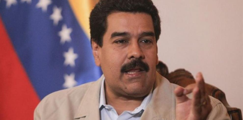 Maduro anuncia alza de salario mínimo en Venezuela