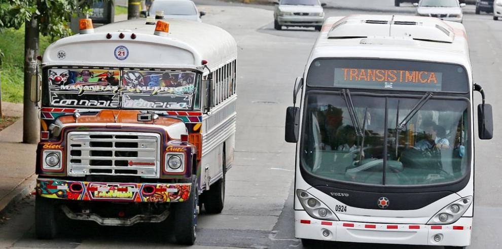 Metro Bus anuncia horario especial para usuarios que visiten Miraflores