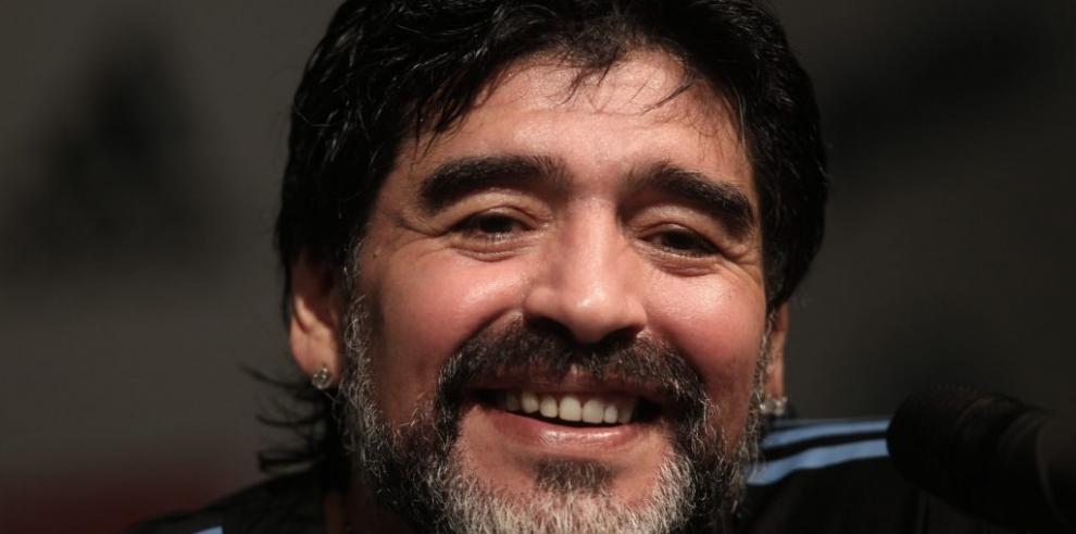 Maradona audita a exesposa e hijas por faltante de 20 millones