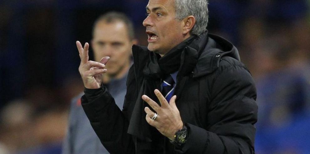 Chelsea se mide al United en un duelo de técnicos