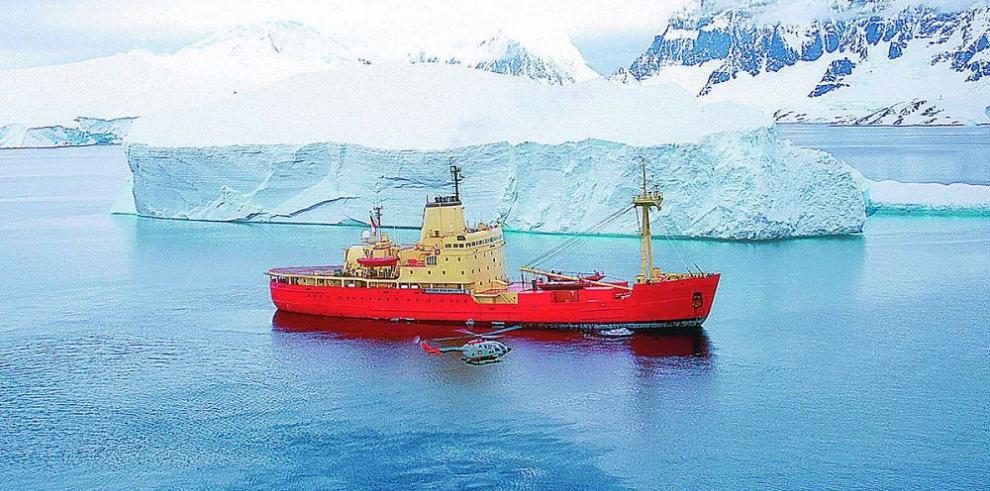 Estudian el movimiento de los icebergs