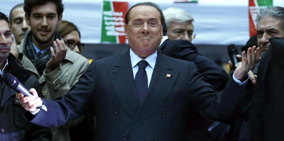 Berlusconi reaparece para decir que, con su Gobierno, Italia estaba