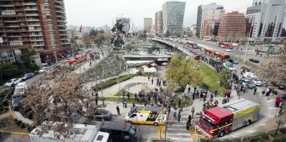 Detienen a tres sospechosos por atentado en metro en Chile