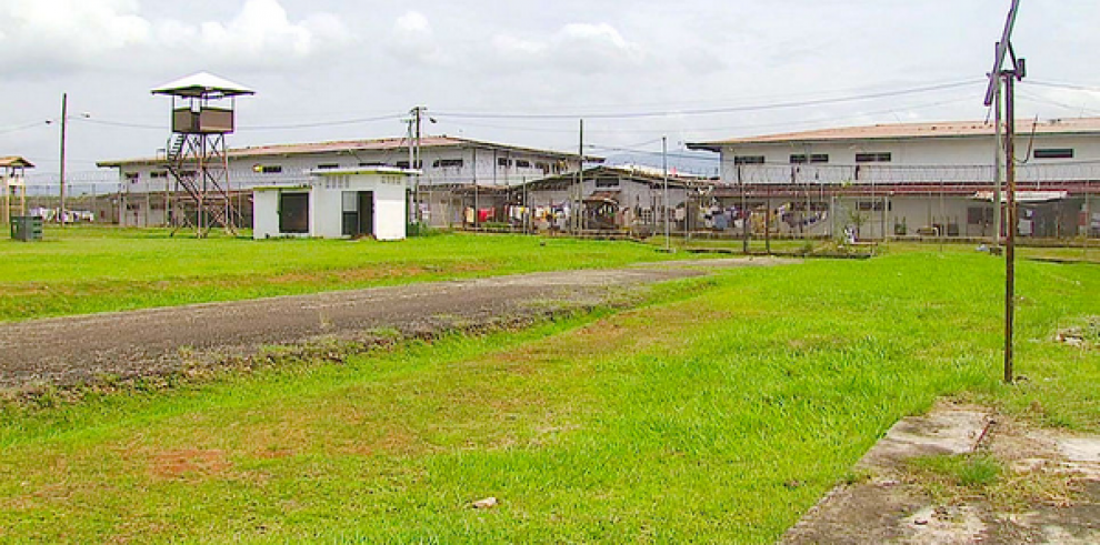 Un muerto y dos heridos por reyerta en La Joyita; suspenden visitas
