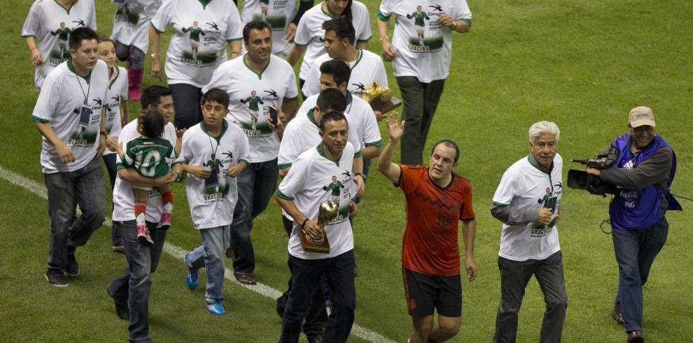 Selección mexicana viaja a Estados Unidos