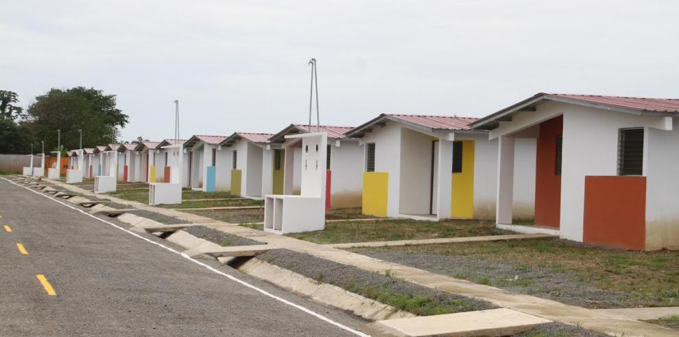 Familias de Bocas del Toro reciben casa nuevas