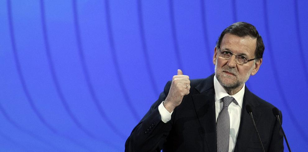 Deuda pública de España se dispara a 96%