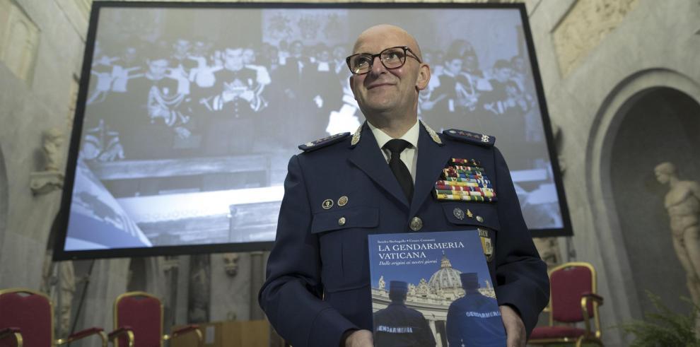 El ex inspector general del Cuerpo de Gendarmería de la Ciudad del Vaticano y escolta personal del papa Francisco, Domenico Giani.