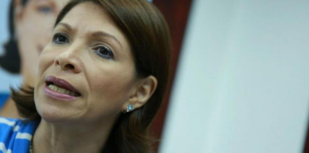 Diputada Gómez invitó a la ciudadanía a las citaciones de funcionarios