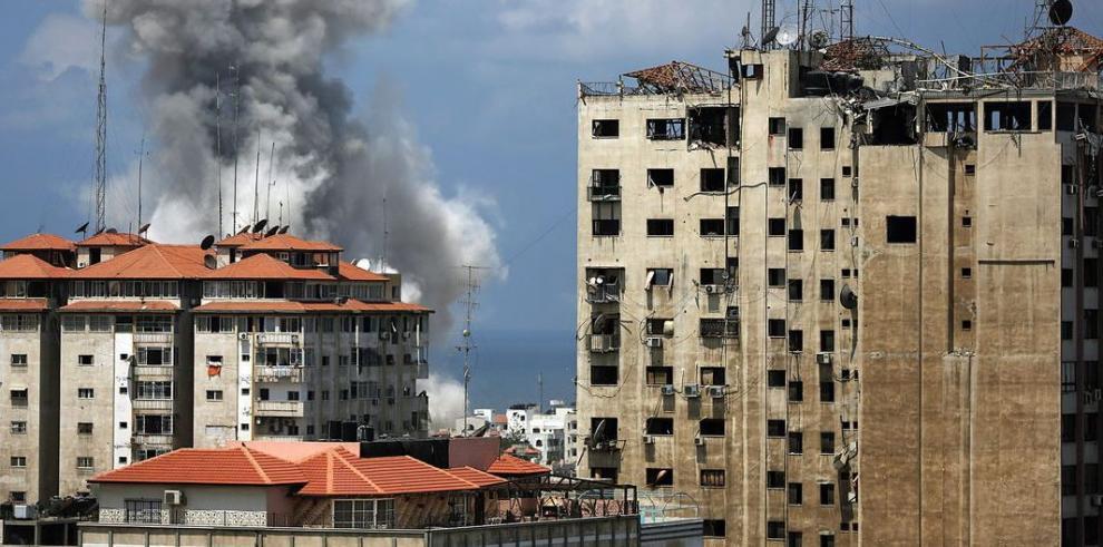 Aviones de Israel lanzaron bombas en 49 puntos de la Franja