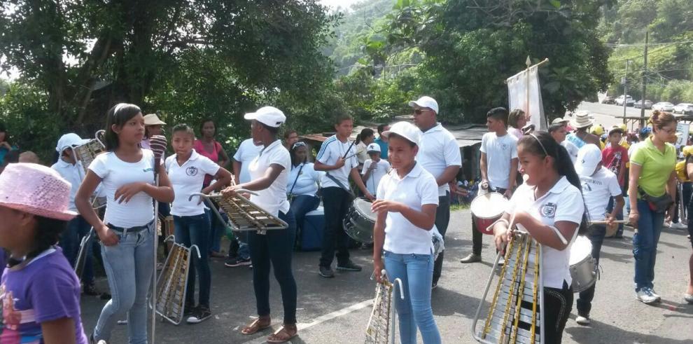 Conmemoran los 66 años de fundación de Alcalde Díaz