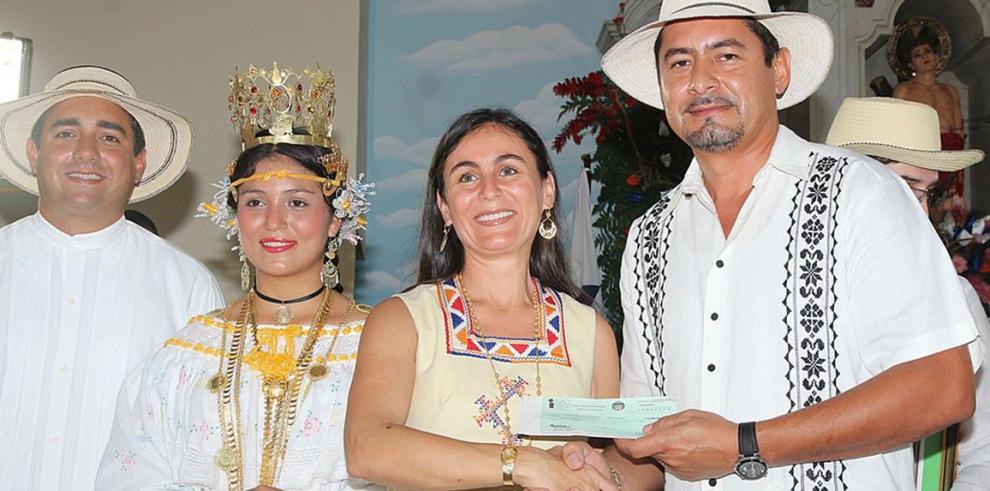 Apoyo del INAC en Festival de El Manito en Ocú