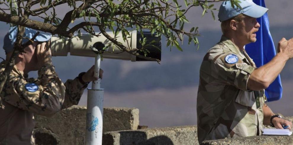ONU rescata a 32 cascos azules filipinos entre Siria e Israel
