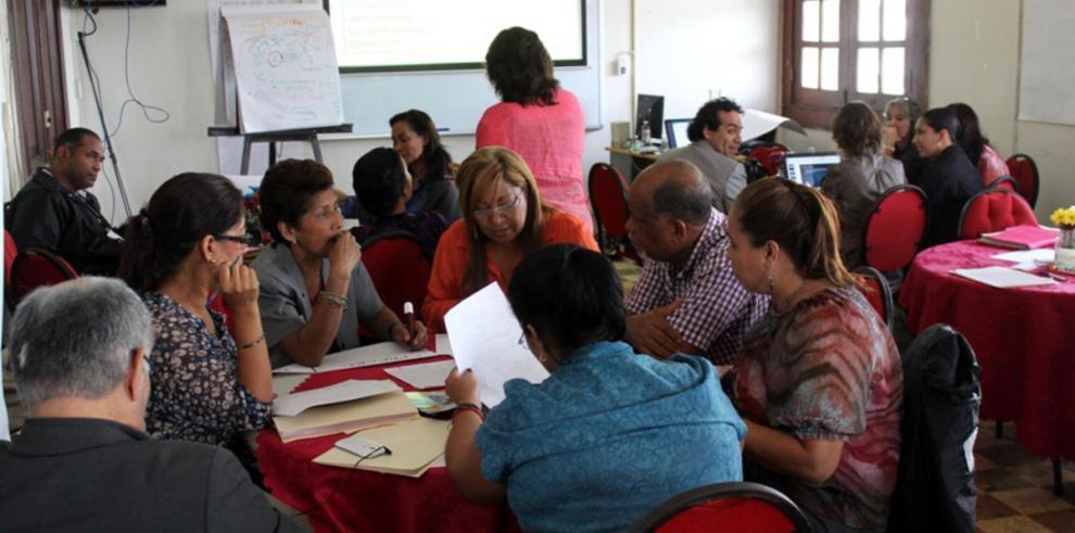Clausuran seminario interactivo