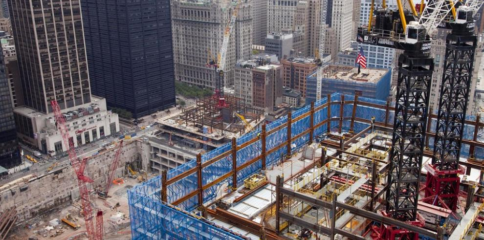 Adolescente elude seguridad y sube hasta cima del nuevo WTC en Nueva York