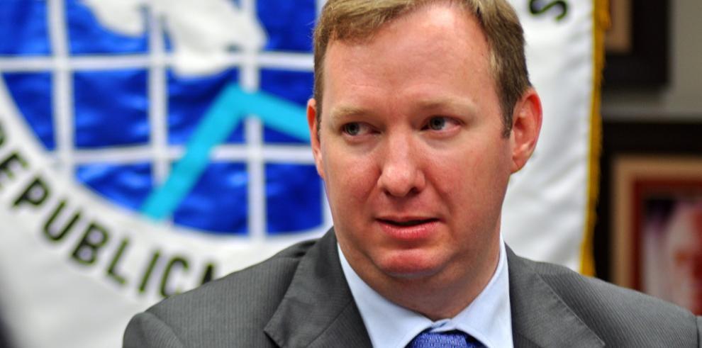 Panamá está en peligro de pasar revisión paritaria de la OCDE: De Lima