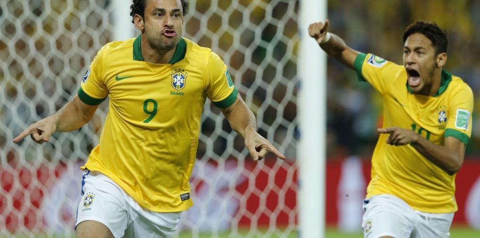 Camacho apuesta por una final del Mundial entre Brasil y España