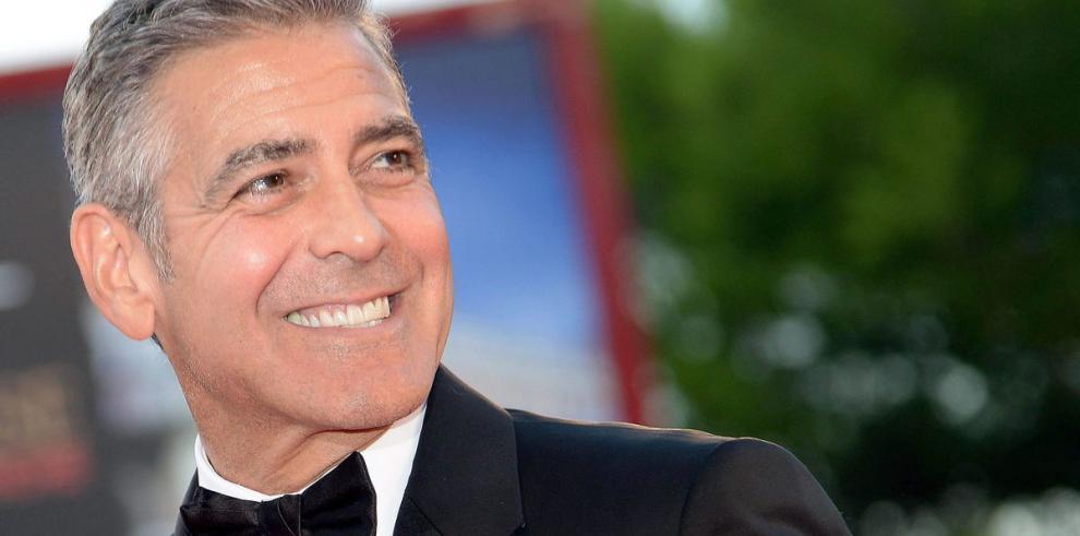 George Clooney quiere casarse en Inglaterra