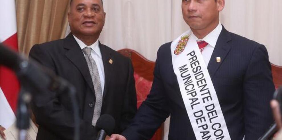 Ramón Ashby Chial nuevo presidente del Consejo Municipal